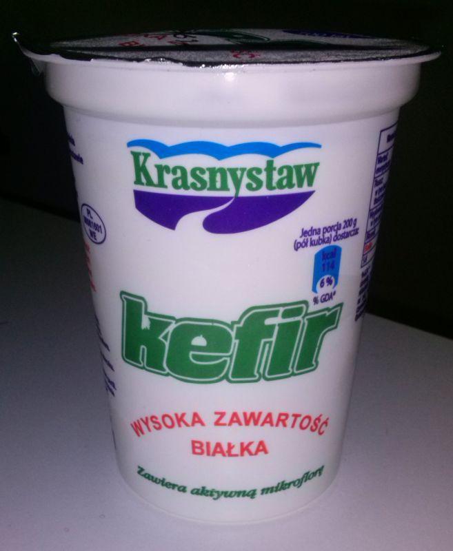 ile ma kalorii Kefir (wysoka zawartość białka)