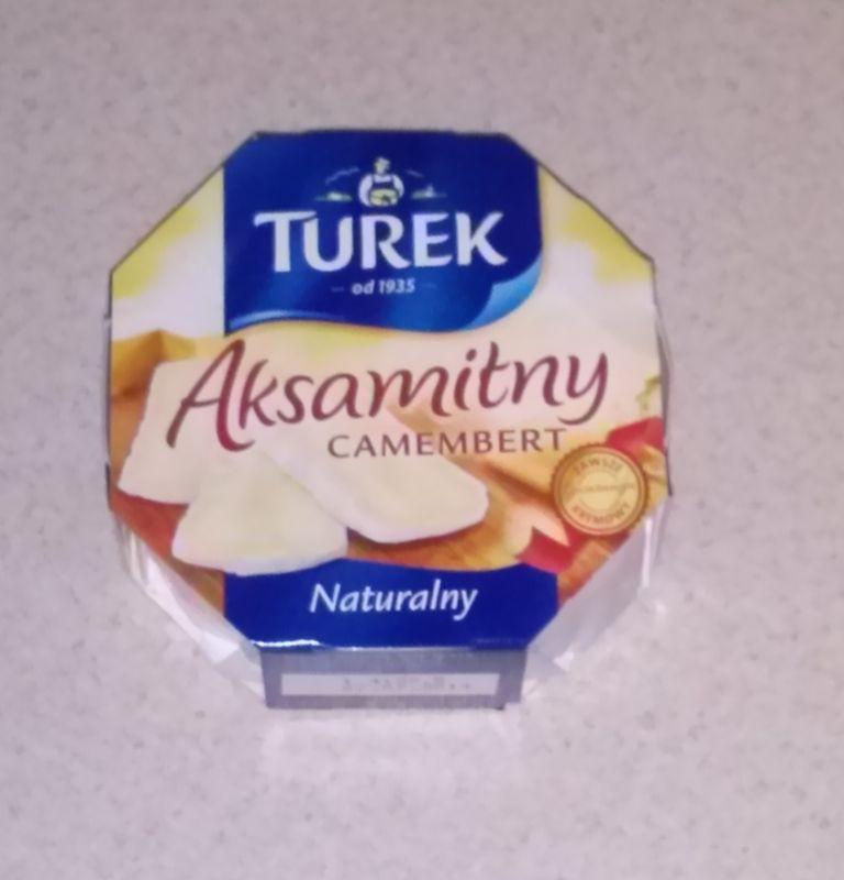 ile ma kalorii Camembert aksamitny naturalny