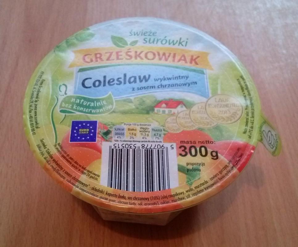 ile ma kalorii Coleslaw wykwintny z sosem chrzanowym