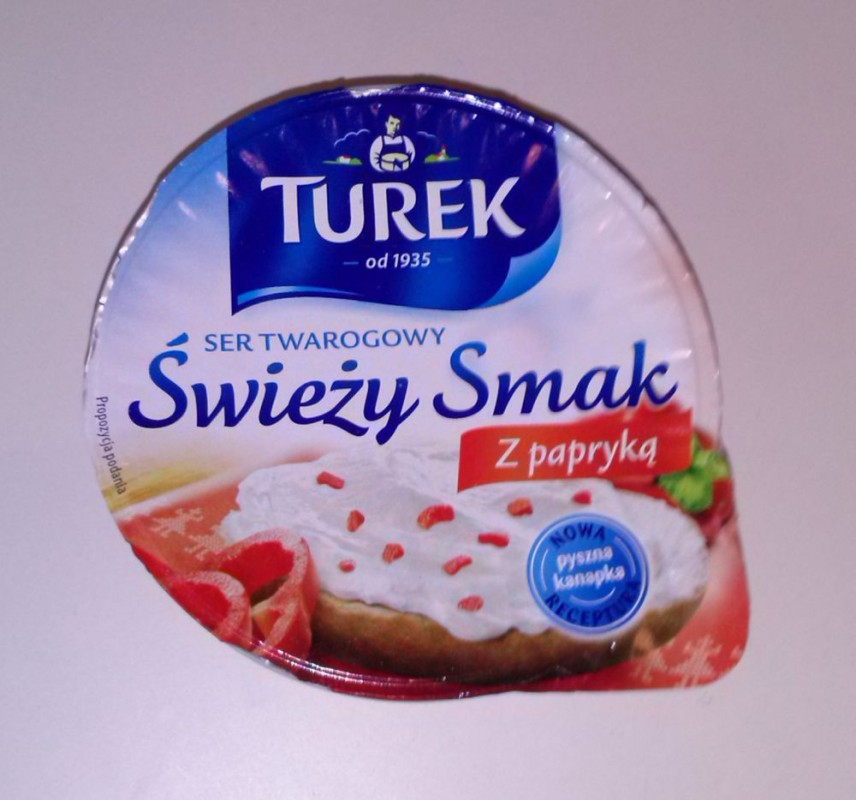 ile ma kalorii Ser twarogowy świeży smak z papryką